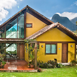 Chalé na Montanha - MVDA Carlos Eduardo de Lacerda Arquitetura e Planejamento Casas campestres Amarelo