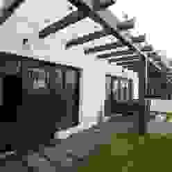 Terrace garden Ansari Architects Modern garden
