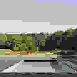 Casas de estilo moderno de Koezen Architecten Moderno