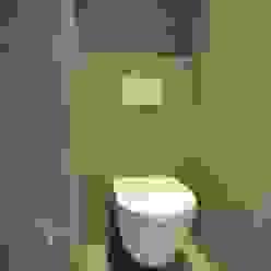 wandcloset Villeroy en Boch:  Badkamer door AGZ badkamers en sanitair, Modern Keramiek
