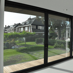 Modern windows & doors by AV Architectuur Modern