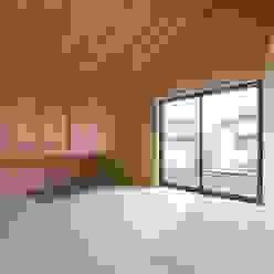 中村建築研究室 エヌラボ(n-lab) Dormitorios modernos: Ideas, imágenes y decoración Madera Acabado en madera