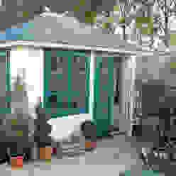 The Prima Marloes Traditional Garden Office Klassische Arbeitszimmer von Garden Affairs Ltd Klassisch Holz Holznachbildung