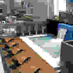 Amenites (Terraza - Pileta) Piletas modernas: Ideas, imágenes y decoración de Arcadia Arquitectura Moderno