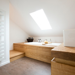 Wannenpodest Eva Lorey Innenarchitektur Moderne Badezimmer Holz