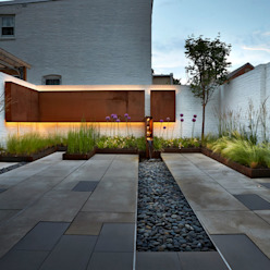 Salt + Pepper House Modern Garden by KUBE architecture Modern