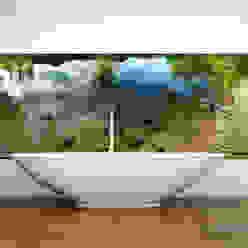 Tauchen Sie in den See... Moderne Badezimmer von Mitko Design Modern Glas