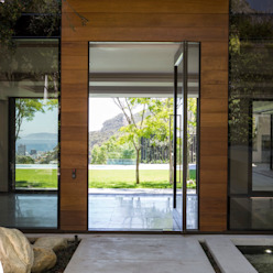 The Front Door to the House Modern houses by Jenny Mills Architects Modern