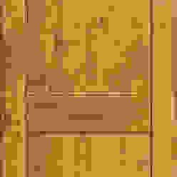 Modelo Florencia Puertas y ventanas rústicas de Ignisterra S.A. Rústico Madera Acabado en madera