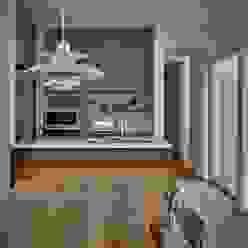 T字の家: toki Architect design officeが手掛けたダイニングです。,