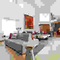Casa RR MM estudio interior Salones modernos Rojo