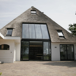 Country style houses by Van der Schoot Architecten bv BNA Country Wood Wood effect