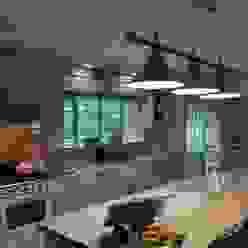 Project : De Wet:  Kitchen by Capital Kitchens cc,