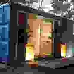 Fachada Casa Container Marilia - Barros Assuane Arquitetura Casas ecléticas Metal Azul