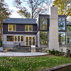 Smoky Quartz Modern Houses by KUBE architecture Modern