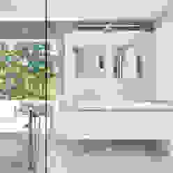 Smoky Quartz Modern Bathroom by KUBE architecture Modern