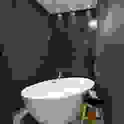 Designer Badezimmer Moderne Badezimmer von StageBella Modern Fliesen