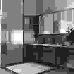 Luxury Bathroom Moderne Badezimmer von MIKOLAJSKAstudio Modern