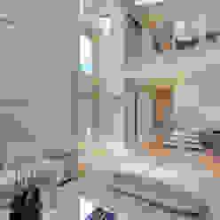 Casa Indaiatuba Designer de Interiores e Paisagista Iara Kílaris Corredores, halls e escadas modernos Bege