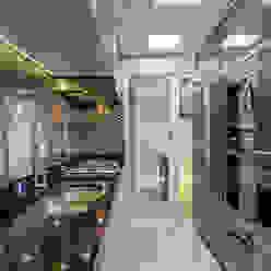 Modern kitchen by Designer de Interiores e Paisagista Iara Kílaris Modern Silver/Gold
