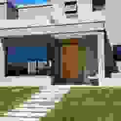 Casas  por CIVIT & GUTIERREZ  - arquitectura , Moderno