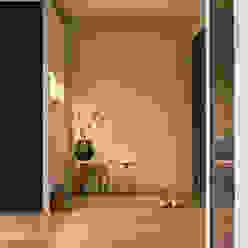 賀澤室內設計 HOZO_interior_design homify Eclectic style corridor, hallway & stairs