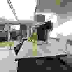 Comedores de estilo moderno de Anne-Carien Interieurarchitect Moderno