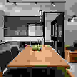 4F開放式廚房及書房 根據 隹設計 ZHUI Design Studio 隨意取材風