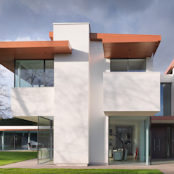 White House 3s architects and designers ltd Casas modernas: Ideas, imágenes y decoración