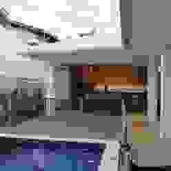 Casas modernas de Arquiteta Bianca Monteiro Moderno Cerámico