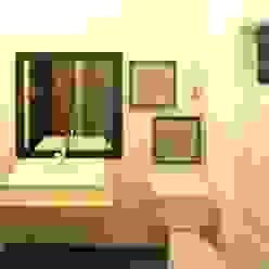 Baño de visitas Perfil Arquitectónico Baños modernos Azulejos Blanco