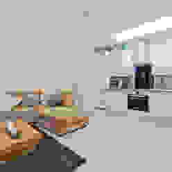 *New Build!* The West Barn Flats The Market Design & Build Livings modernos: Ideas, imágenes y decoración
