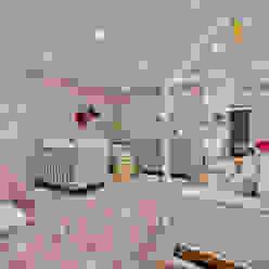 Quarto de menina moderninho Quarto infantil moderno por KIDS Arquitetura para pequenos Moderno