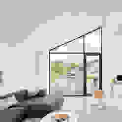 Modern woonhuis aan het water BNLA architecten Moderne woonkamers