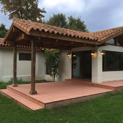 ARCOP Arquitectura & Construcción Country style houses