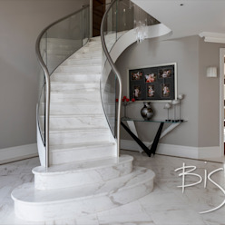 Modern Stone Staircase by Bisca Staircases Сучасний Камінь