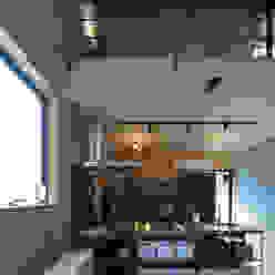 キッチン モダンな キッチン の ㈱ライフ建築設計事務所 モダン