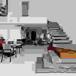 Escada por Espaço do Traço arquitetura Minimalista