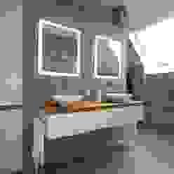 Badmöbel weiß matt mit Eiche Massivholz Moderne Badezimmer von GERBER Ingenieure GmbH Modern