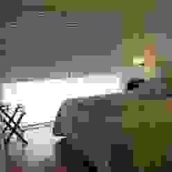 dormi principal arq.c2 Dormitorios modernos: Ideas, imágenes y decoración