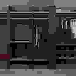 PRATIKIZ MIMARLIK/ ARCHITECTURE – Giyinme Odası: modern tarz , Modern