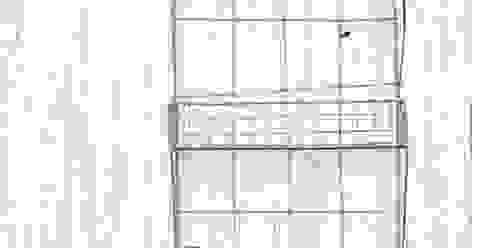 Wire Wall Shelf di Loop the Loop Rustico