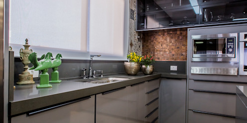 Evviva Bertolini Modern kitchen
