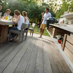Sfeerimpressie WWOO Concrete Outdoor Kitchen:  Tuin door NewLook Brasschaat Keukens
