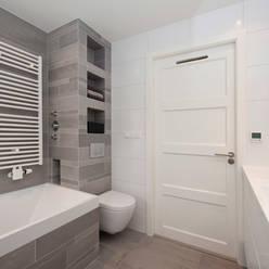 Salle de bains de style  par Het Ontwerphuis