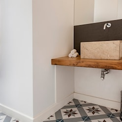 Bathroom by Home Staging Factory