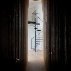 Corridor & hallway by Tim Versteegh Architect