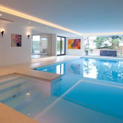 Pool by HUBER NATURSTEIN bei München