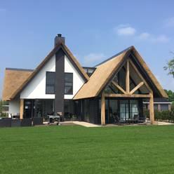 Woning Oud-Beijerland:  Huizen door Bongers Architecten