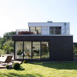 Aussenansicht vom Garten Hellmers P2   Architektur & Projekte Einfamilienhaus